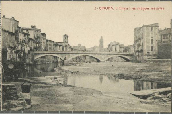 Art and life on postcards and photographs from Girona