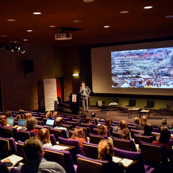 Museums in the digital age: insights from BeMuseum